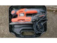 Black & Decker sanding machine / sander