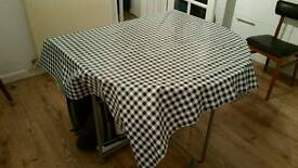 Leaf Table And 4 Chairs