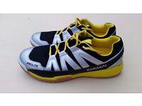 HIGH QUALITY 2017 Karakal 'Prolite' squash shoes. Unused, still boxed. UK size 11.