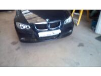 BMW n90 passengers front wing in black breaking complete car for spares