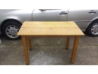 Wood tables for restaurant or home