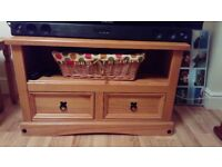 TV stand Mexican pine wood, perfect condition.