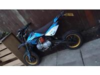 Stomp 125cc Road Legal Pitbike