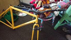 Mens Specialized Bike Frame & NOVA Wheels