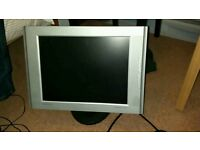 Samsung syncmaster 151BM 15 inch lcd monitor with speakers
