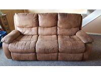3 Seater recling sofa