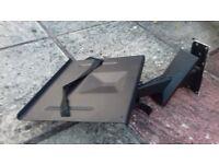 BLACK TV WALL BRACKET (OLD STYLE)