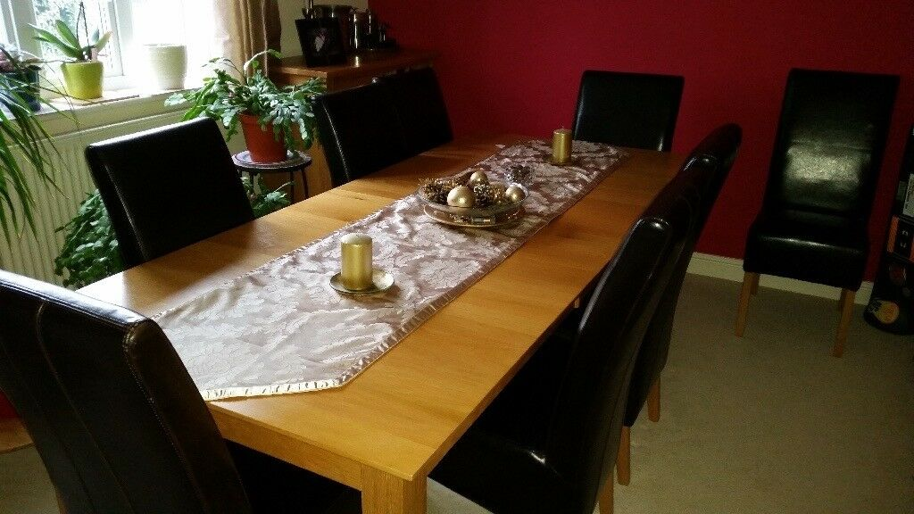 Modern Solid Oak High Quality Dining Table With 8 Leather Chairs