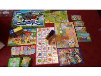 Big bundle young children of puzzle