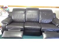 Black Leather 3 and 2 piece fully electrical sofa suite