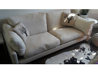 Beautiful, confortable and stylish sofa in excellent condition
