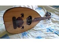 Gahwaret El Fan Oud, perfect condition, with pickup