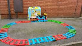 Thomas bundle working order!best for Christmas or birthday!Can deliver or post!