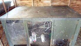 huge 6 x 4 x 3 hutch coop,