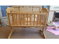 Mamas and Papas Breeze Crib in Natural