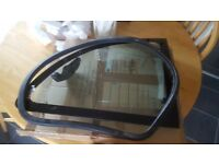 Ford ka rear window and seal