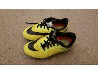 Boys Football Shoes Nike (UK size 13)