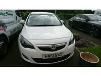 Vauxhall Astra sri 2.0 cdti 165 BHP Olimpic white 2011
