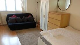 Large Luxury Self Contained Furnished Studio Flat Raynes Park / Wimbledon SW20