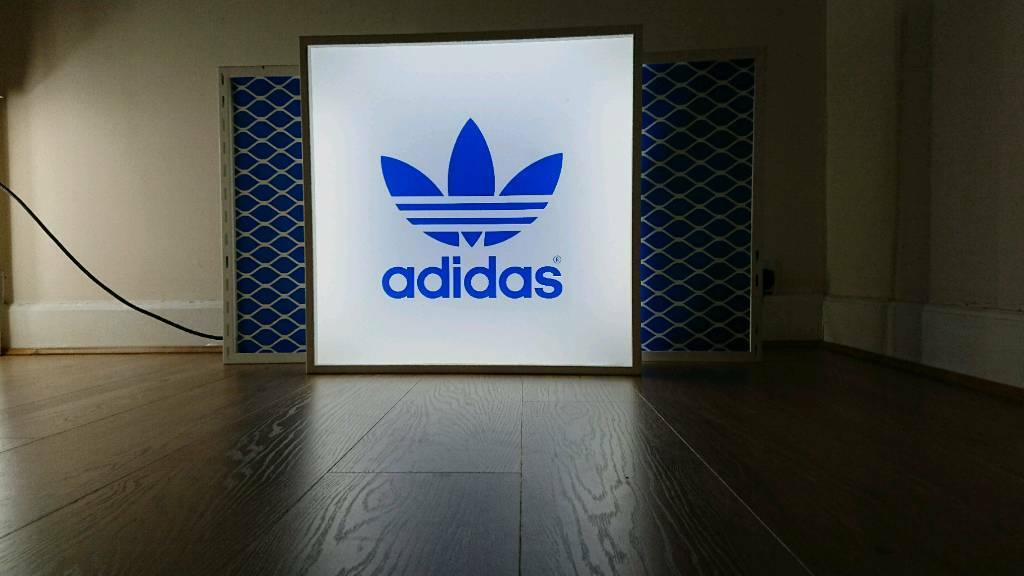 Adidas Original Lightbox- Good Condition