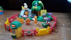 Fisher Price Little People Zoo play set