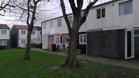 Two Bedroom House to Rent on Copperfield, Chigwell IG7 5NR - DSS Accepted with Guarantor