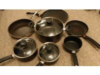 Frying pans, bundle of 7, good conditions