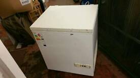 Freezer - White Medium Size Scandinova ( CF68C ) Chest Freezer