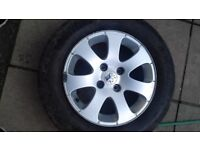 Peugeot 307 15inch alloy wheels with tyres