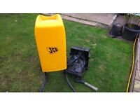 JCB garden shredder complete with tray and handle