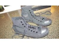 Converse trainer/boot, black, size 7