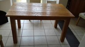 Kitchen/Dining Table