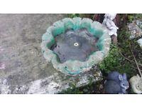 Vintage Weathered Stone Garden Flower Pot Feet Planter Bird Bath
