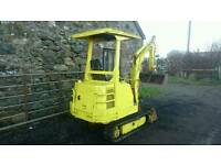 Yanmar B12 Mini Digger. Just serviced ready to work. tractor trailer etc