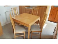 Extendable Solid Light Wood Kitchen Table and 4 Chairs