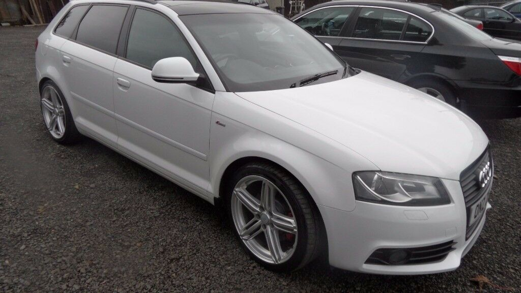 2009 Audi A3 2.0 TDi S-Line 170BHP 5 door, Pan Roof and twotone leather, immaculate