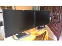 Matching Pair 2 x HP LP3065 30 inch Widescreen LCD Monitor IPS Panel