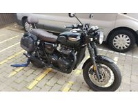 Triumph T120 Bonneville - Black edition, 480 miles, showroom condition + many options/extras