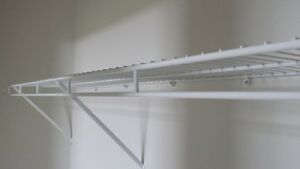 Wire closer shelves white