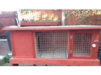 Rabbit Hutch new 4'x2' detachable felt roof for easy cleaning separate bedroom door to the front