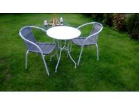 Table and chairs set new bargain