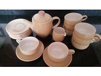 Denby Caramel Stripes 8 Piece Tea Set