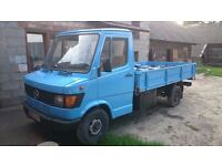 Mercedes 207D LHD LEFT HAND DRIVE PIK-UP VERY CLEAN READY TO EXPORT AFRICA