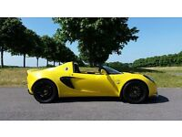 LOTUS ELISE 111S – LIGHTNING YELLOW PEARL - Always garaged (135R)