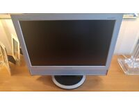 "SAMSUNG 19"" Inch LCD Widescreen Computer PC Monitor with built in speakers"