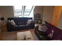 Double room to rent in beautiful city centre flat