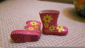 Size 6 girls wellies