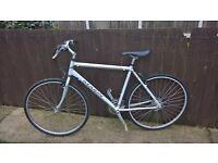 Marin 24 speed hybrid bike lightweight cycle 19inch silver large