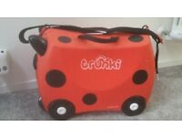 2 x TRUNKI suit case Original for sale