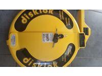 Diskloc steering wheel lock with 3 keys